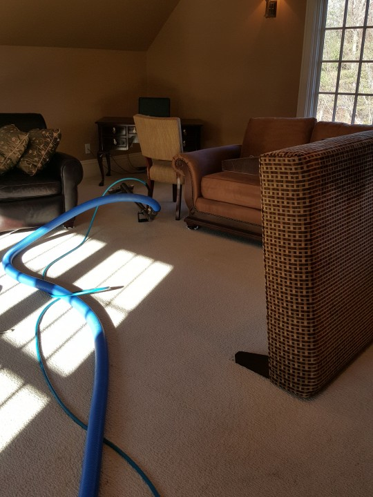 Carpet cleaning in Lakeville, MA